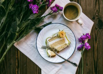 Edible Flowers to Eat - Food & Dating