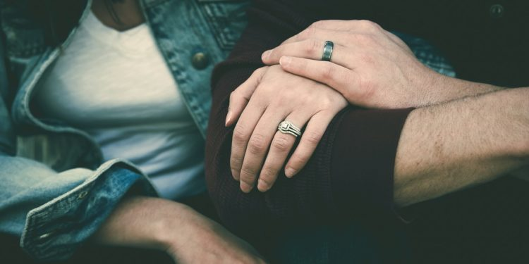 Advice for Going From a Monogamous Relationship to an Open One