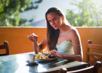 Pregnancy and Diet: The Facts vs. Myths