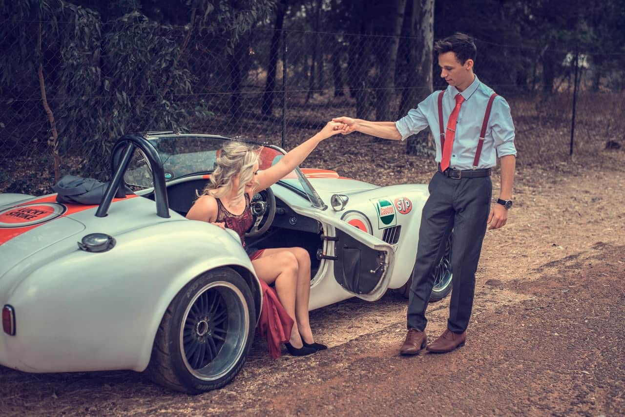 Old-fashioned Courtship Rituals Ready for a Comeback