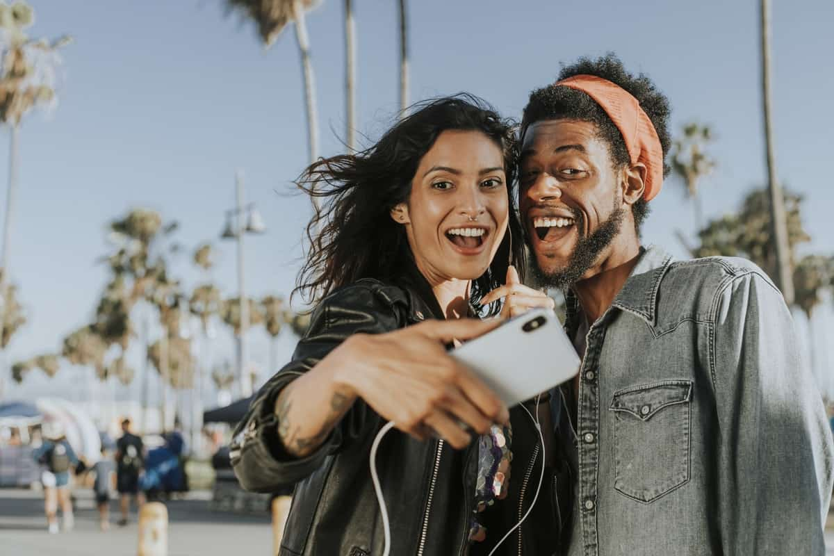 4 Tips for How to Get out of a Dating Rut