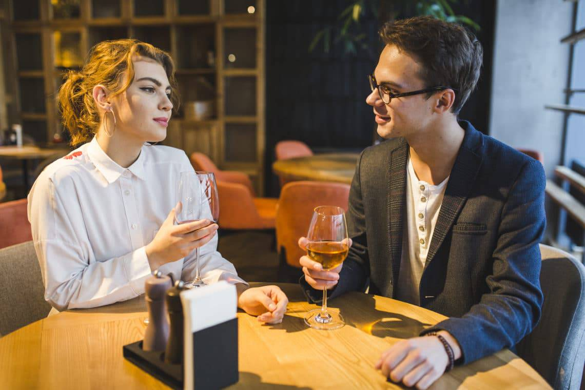 7 Best Dishes You Can Order on a First Date