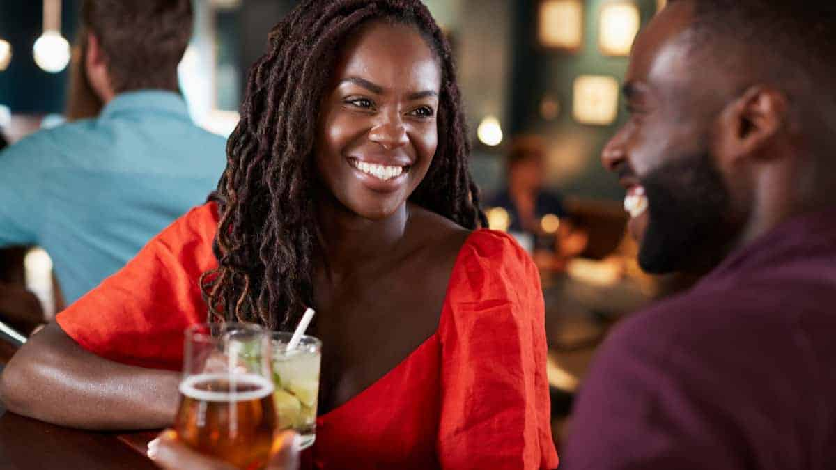 5 Ways to Feel Confident on a First Date