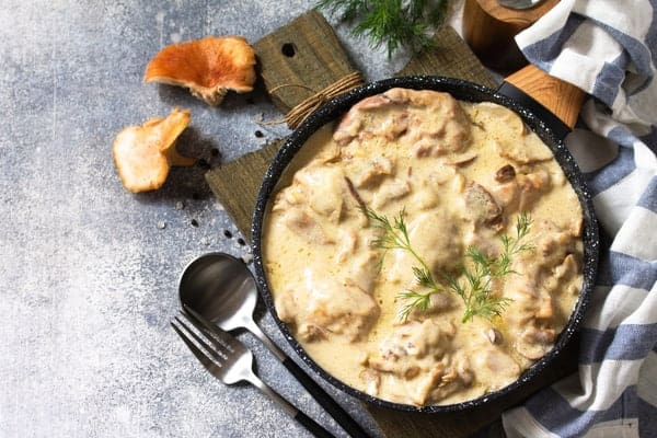 What Wine Goes Best with Chicken Fricassee?